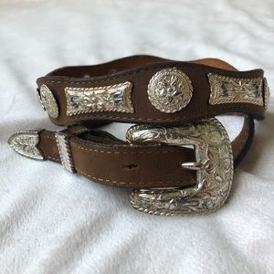 Accessories - Vintage Western Leather Concho Belt | 28